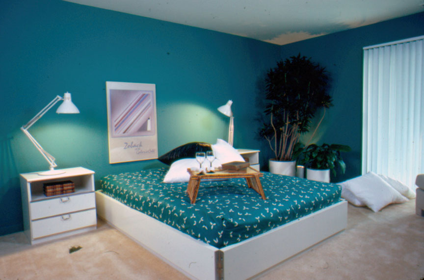 Slide William Cady Bloomingdale 39 S Designer Home Master Bedroom Blue And Turquoise White